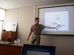 Игорь Маскин показывает схему доктора Спира